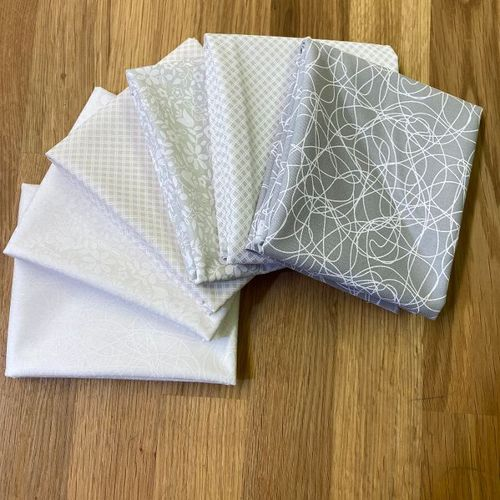 Low Volume 6  Fat Quarter Whispers